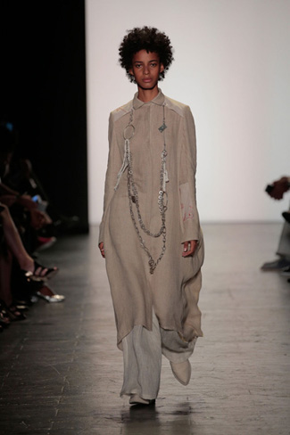Lindsey Trueman - NY Fashion Week Spring 2017 - Runway 25