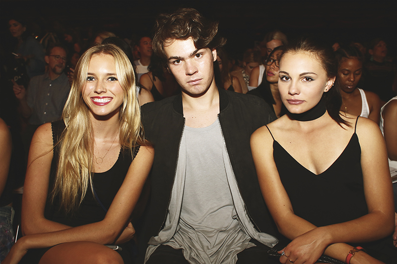From left is fashion show attendee Hannah Harry with friends. Image Source: Hermin Jaramillo