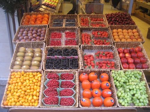 Local fruit colours