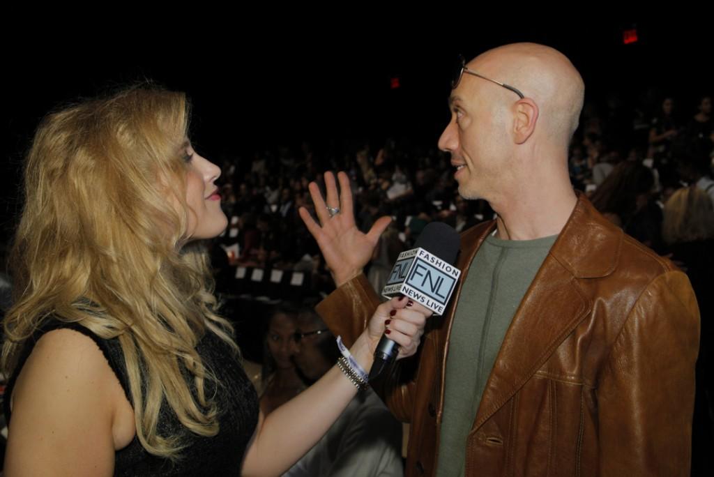Robert Verdi being interviewed by Fashion News Live