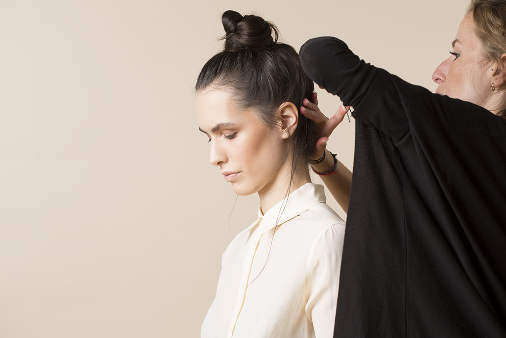 Fashion-Photographer-Maggie-Yescombe-Studio-Beauty-Behind-The-Scenes-Model-Elisabeth-MUA-Hair-Dorota-FO6A6994