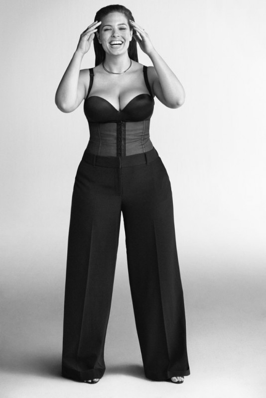 Ashley Graham is making waves in the fashion industry as the first curvy SI swimsuit covergirl. Image courtesy imgmodels.com